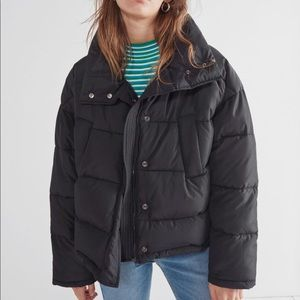 Urban outfitters puffer jacket NWT